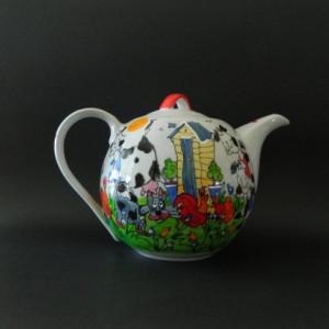 kittys teapots